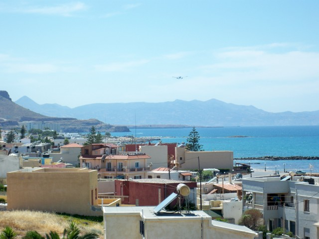 В Ираклионе расположен второй по величине аэропорт в Греции