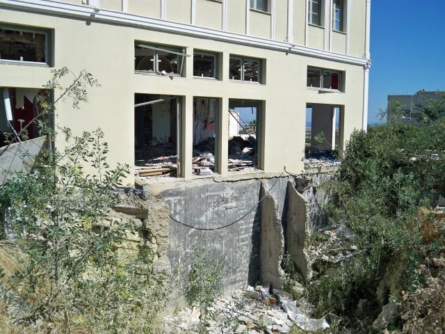 Заброшенных строек в Греции хватает